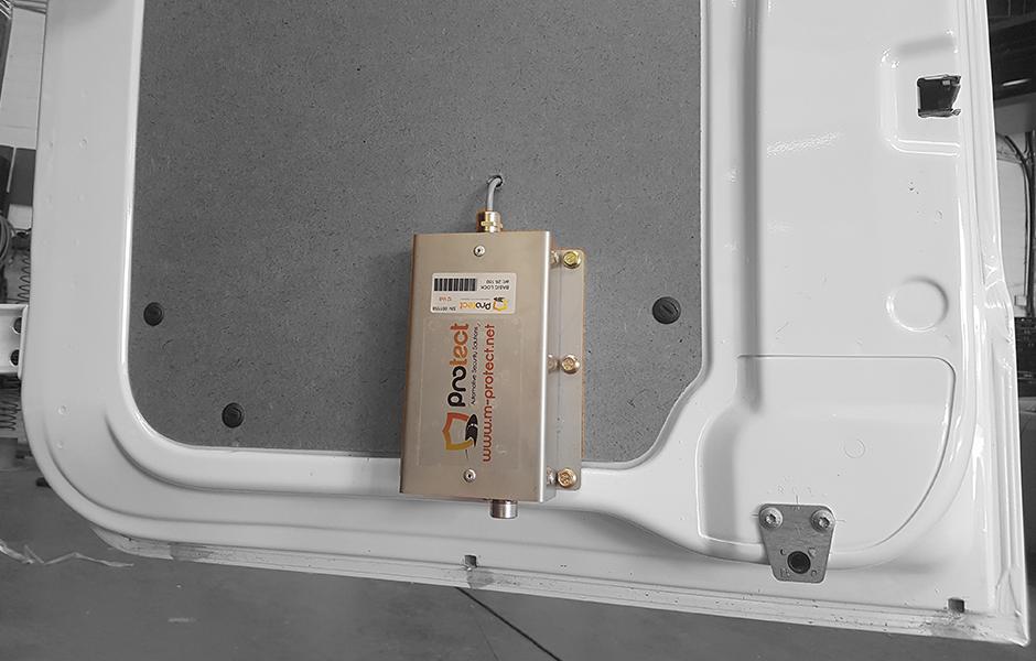 basiclock_slide - M-protect - Secure load space - Secure cargo - Secure van